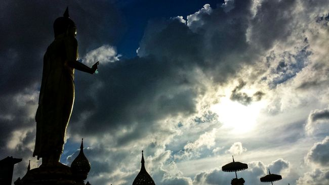 Showcase: January Phra Phutthamongkol Maharat Hat Yai Municipal Park Low Angle ASIA Southeast Asia Outdoors Southern Thailand Clouds Statue Buddhism Buddhist Temple Mountain Blue Sky Clouds Sunset Songkhla Hat Yai Songkhla Province Spotted In Thailand