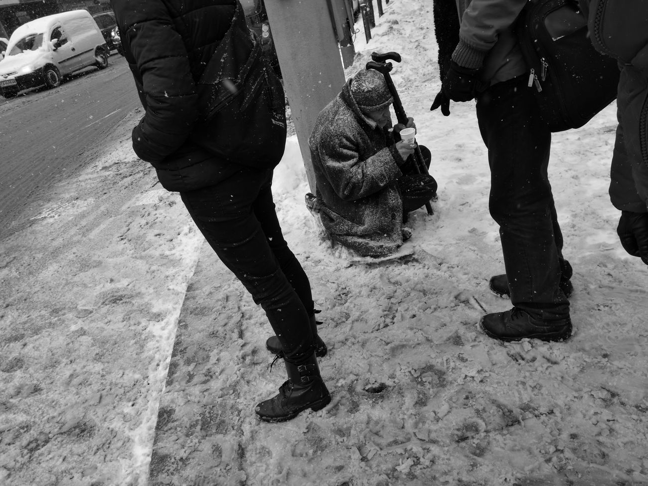 'At one with fear, Careless if you fall, Beneath the earth, Your heart may feel the call' - Adapted To The City Leica Real People Monochrome Photography Leica P9 Blackandwhite Monochrome фотография Street Photography Huawei P9 Leica HuaweiP9 Streetphoto Black&white Black And White Photography Black & White Leica Photography Leica Lens Misery Homeless Homelessman Streetphotography Street Leica Black And White Leicap9 чернобелое