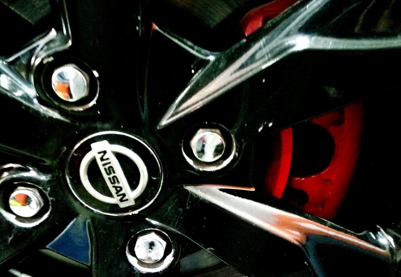 Nissan Nissan Tida Tiida Car Black Red Tyre Sports Bahrain Manama