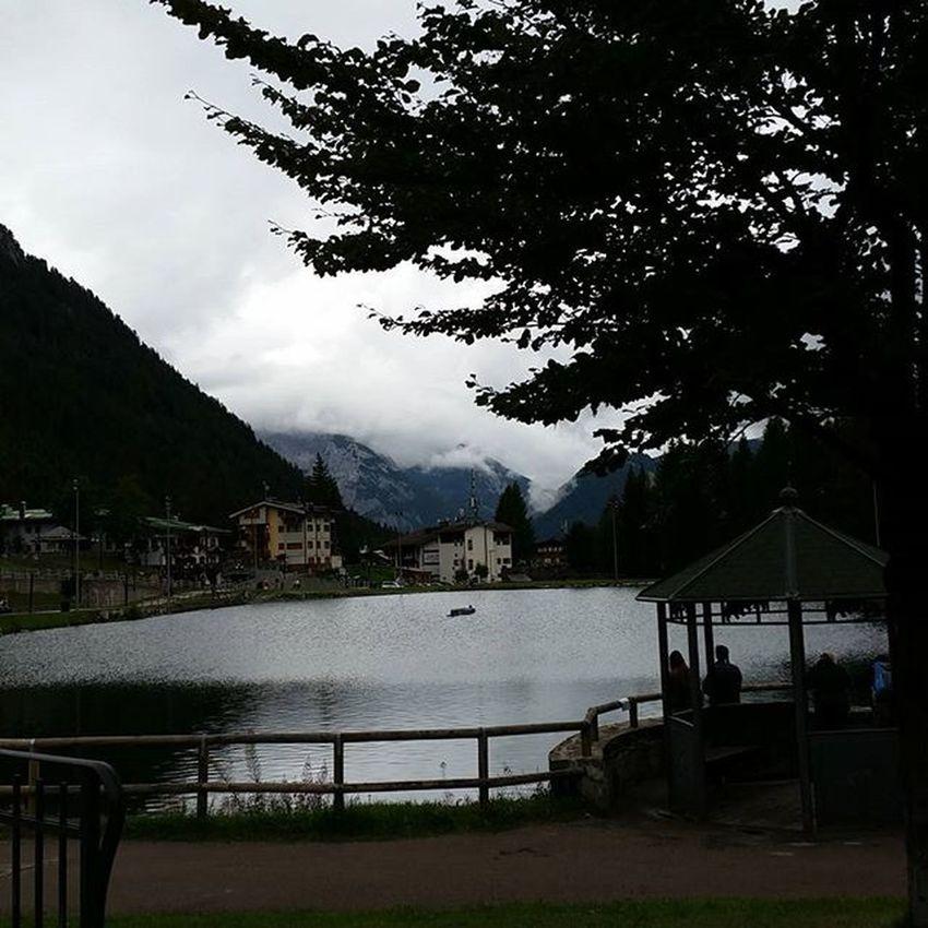 Lago Lake Madonnadicampiglio Trentino  Italy Picofday Travel Travelpic Travellingram Travelling Shoot Panorama Paesaggio Tourist Tourism Holiday Paradise Naturelovers Sightseeing Freddo Summer Cazzochefreddo Permeunacopertina Soledovesei