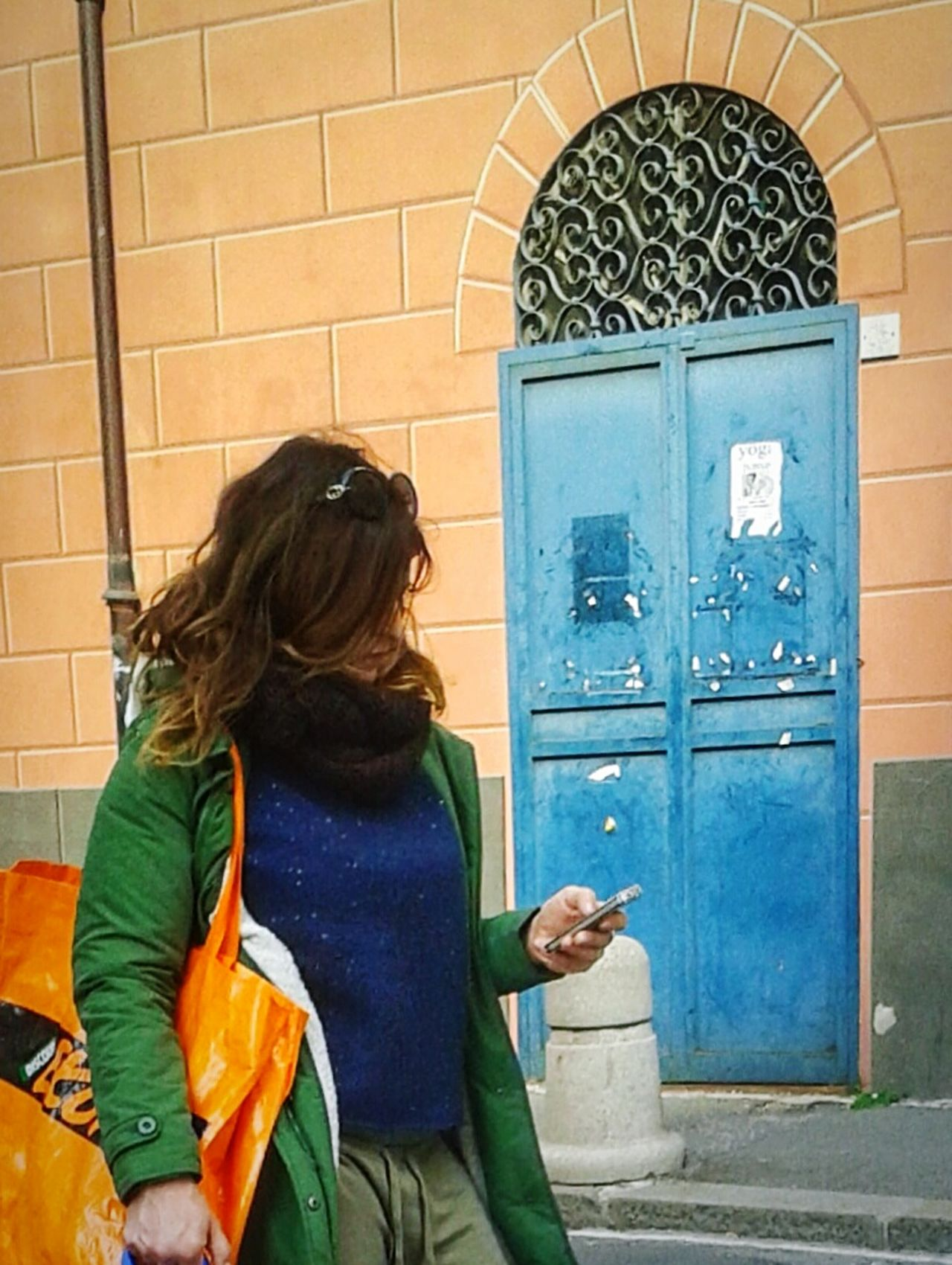 """""""Blue door"""" that got my attention. Doors Porta Street Photography Blue Green Orange Color Complementary Colors Mobile Photography S3mini Eyeemfilter / Women Smartphone"""