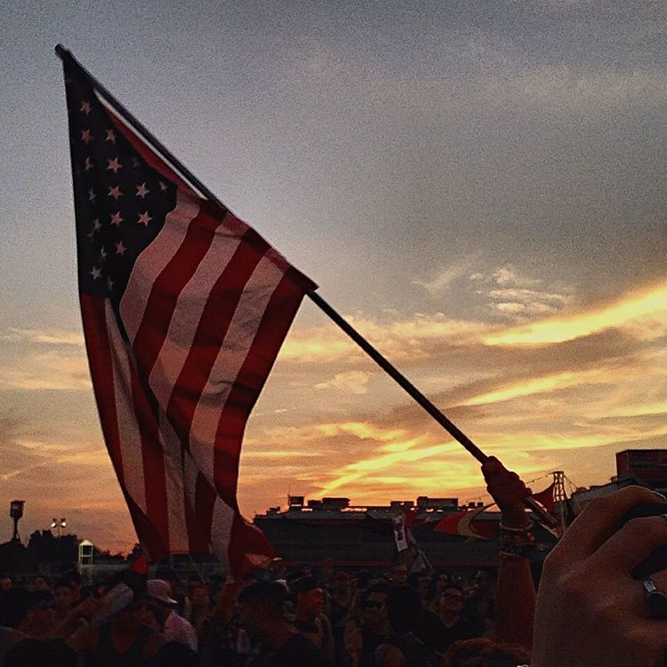Music Brings Us Together at the Moonrise Festival in Baltimore Maryland a couple of weeks ago. American Flag Good Vibes Tritonal Eyem Best Shots- Sunset + Sunrise