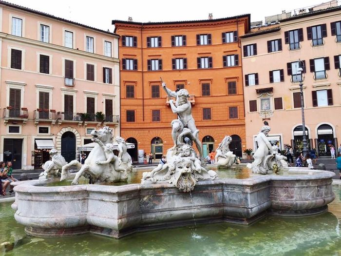 Statue Architecture Sculpture Building Exterior Human Representation Built Structure Art And Craft City Outdoors Travel Destinations Day Water No People Beautiful Creature Hi World Ancient City Artislife Rome Italy🇮🇹 Travelingtheworld  Vacations Walking Around The City  IPhone Photography