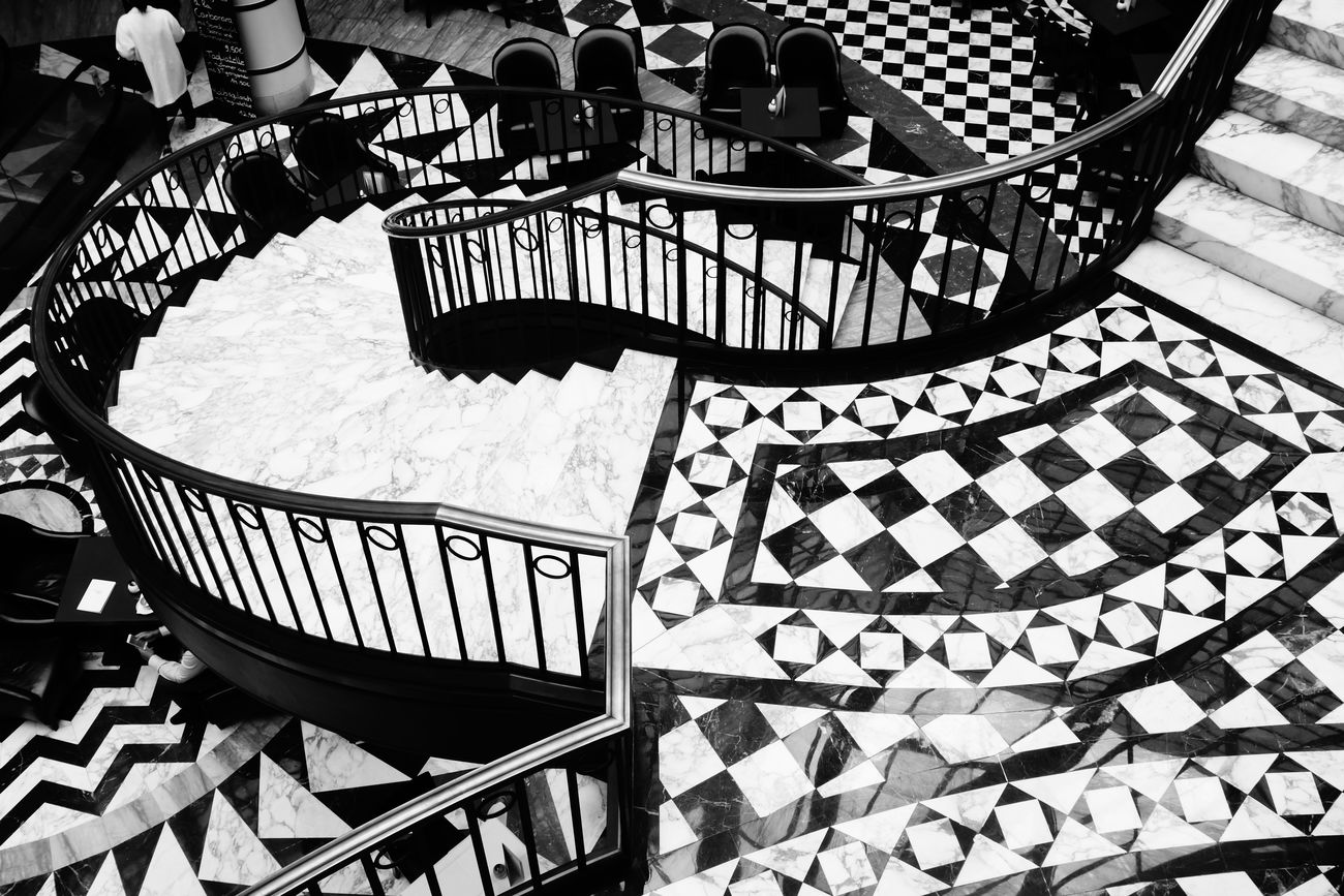 No People Staircase Day Tilesphotography Photography Eyeemphotography From My Point Of View Taking Photos City Shoppingmall Indoors  Blackandwhitephotography Built Structure Architecture High Angle View Capitalism Streetphotography Welcome To Black and white