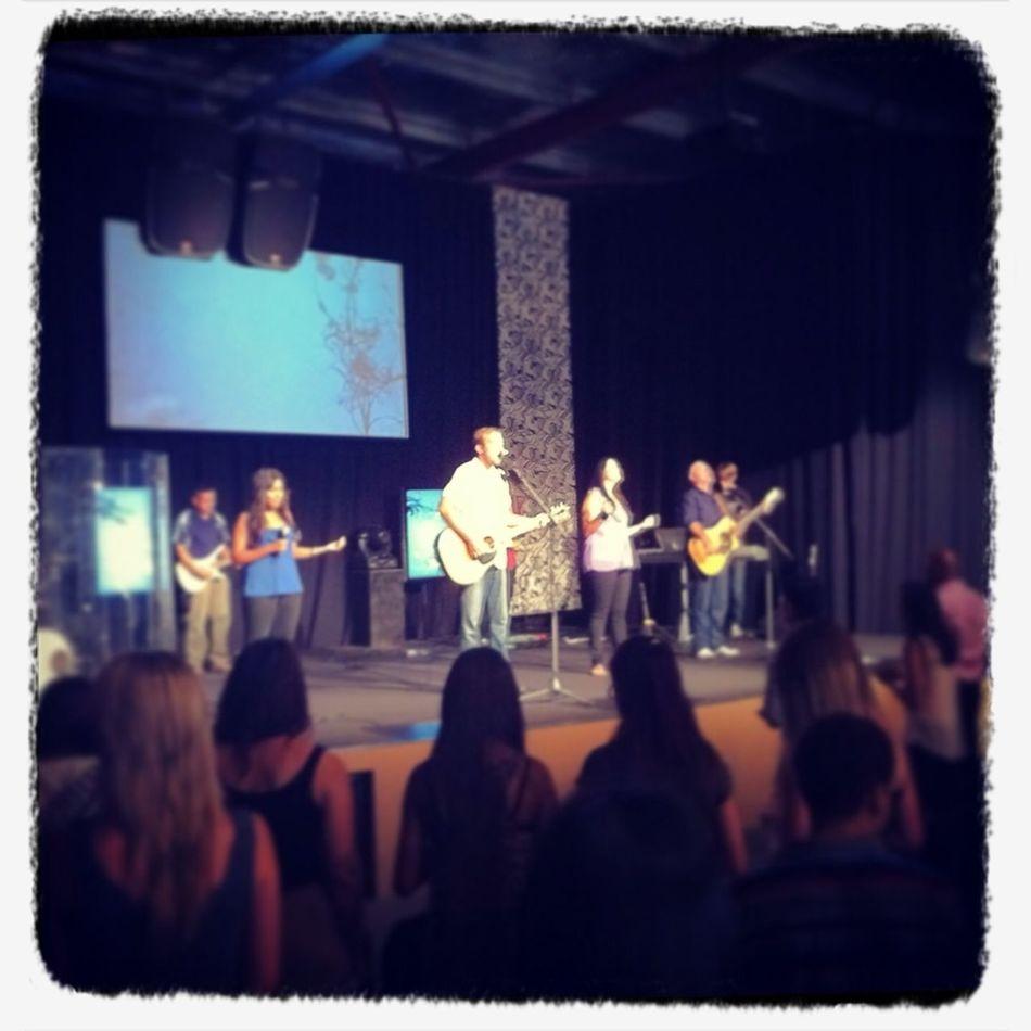 1st Sunday Worship Of 2013 ... Awesome!!