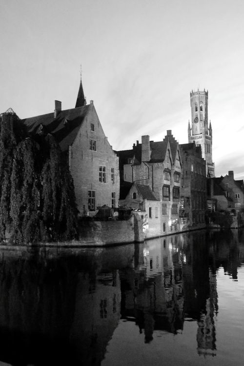Architecture Reflection Travel Destinations History Famous Place Tourism River Brüggesehenundsterben Picsartrefugees Brugge Belgium Sightseeing Old Town Blackandwhitephotography Blackandwhite Nightphotography Night View
