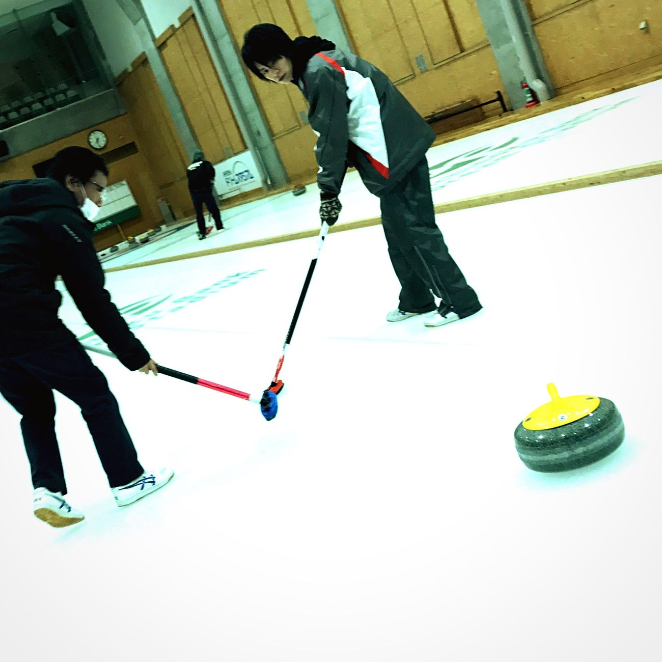 Curling Taking A Shot - Sport Sport Ice Rink