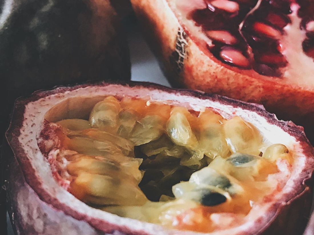Food And Drink Food Freshness Healthy Eating Fruit Close-up Indoors  No People Ready-to-eat Day Exotic Fruit Exotic Fruits Still Life Photography Food Photography Closeup Close Up Fruits Indoors  Halved Juicy Freshness Still Life Passionfruit Seeds Passionfruits