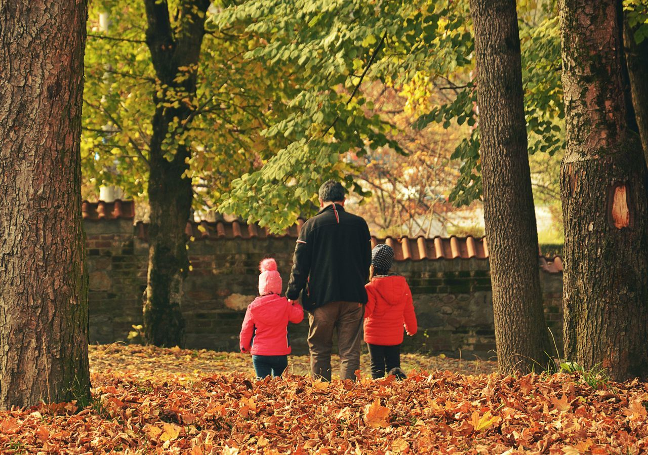 Childhood Autumn Happiness People Family❤ Leisure Activity Leaf Outdoors Nikon D7100 Photography CurteadeArges Romania Beauty In Nature Togetherness