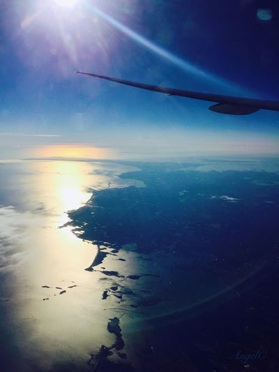 AirPlane ✈ Traverler Ocean Morning Light Sea And Sky Reflection Snow ❄ Snowlandscapes