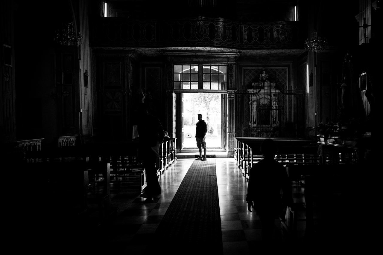 Silhouette Indoors  Real People Architecture Men BW_photography EyeEm Gallery Blackandwhite Photography Light And Shadow Black & White Bw_lover Bw_collection Black And White Blackandwhite Getting Inspired Canon Eye4photography  EyeEmBestPics EyeEm Darkness And Light Church