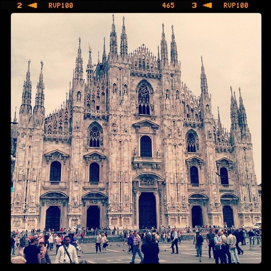 Qui é dove fanno i panettoni e le colombe Milanodamangiare Panettoni Milano Italia