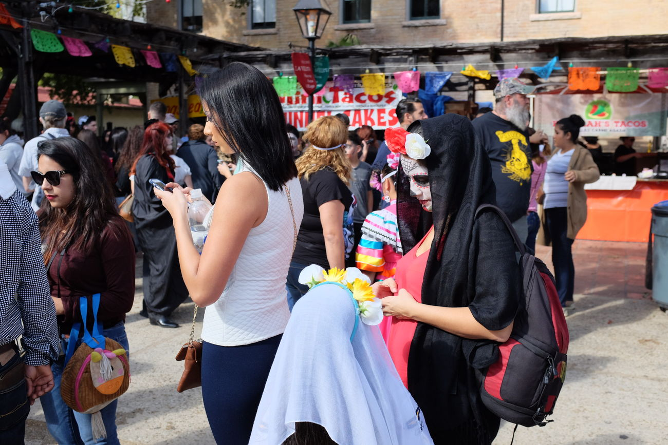 Internet Addiction FujiX100S Standing Large Group Of People Person Side View Street Walking Mask - Disguise Outdoors Crowd City Life