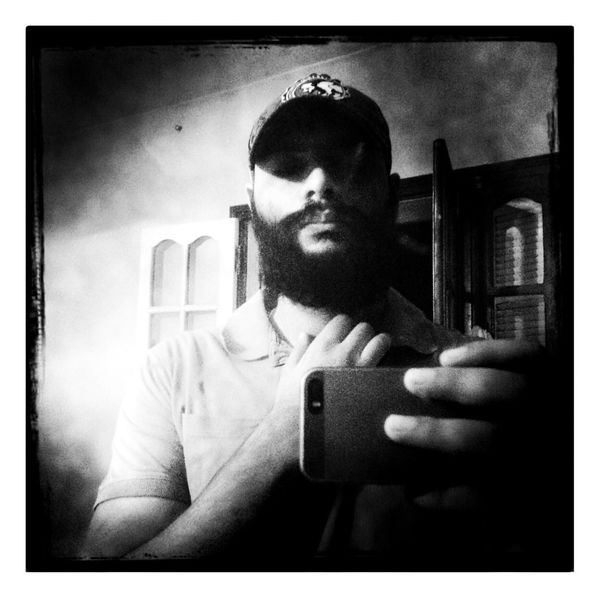 "Bye bye ""Beardy"" j-7 That's Me Hello World Hanging Out Taking Photos IPhoneography Blackandwhite Beard"