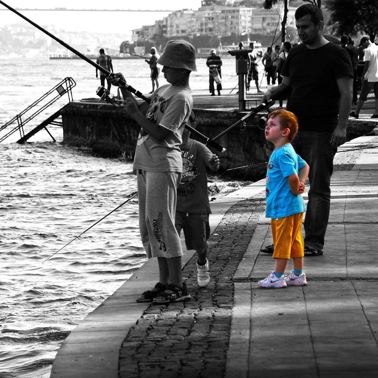 Cırious glance... Meraklı ve ürkek bakışlarla izlemek.. We Are Photography, We Are EyeEm EyeEm Best Shots FocusOn