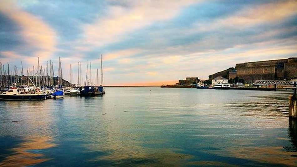 Sunset in Plymouthoceancity Plymouth view from Rockfish Seaview Sunset Suttonharbour Plymouthbarbican Workperks Photo Photographer Amaturephotography