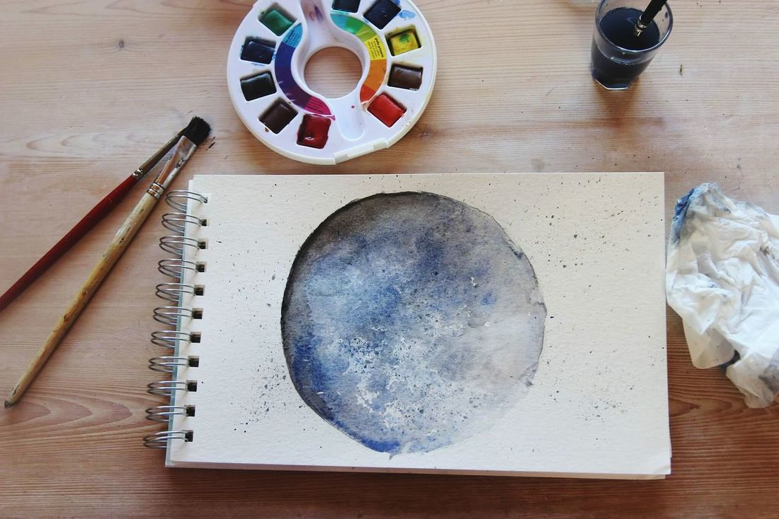 Table Indoors  Art Aquarelle Painting Moon Astronomy Pinceau Brush Colors