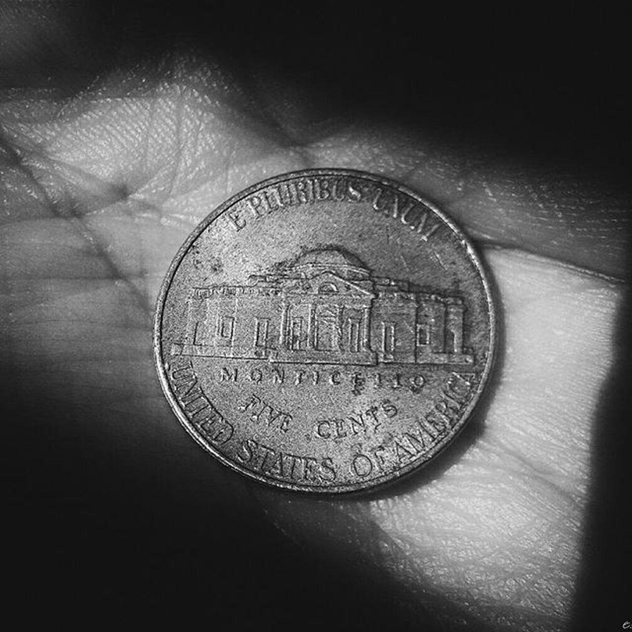 Nickel USA Coin 011 SP City Urban Blackandwhite Achadosdasemana Dotefotografico Thevisualsbrasil Details Cymera Instapicten Dark Focus Vscofotografia_ VSCO VscoBr Vscoamadores_ Vscobandw Vscourban Vscobrasil
