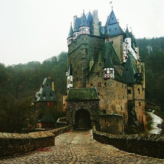 Burg Eltz Burgeltz Castle Germany Deutschland Walkthroughthewilderness Outdoors Architecture Historical Site Stone Medieval Scenic Finding New Frontiers House Built Structure