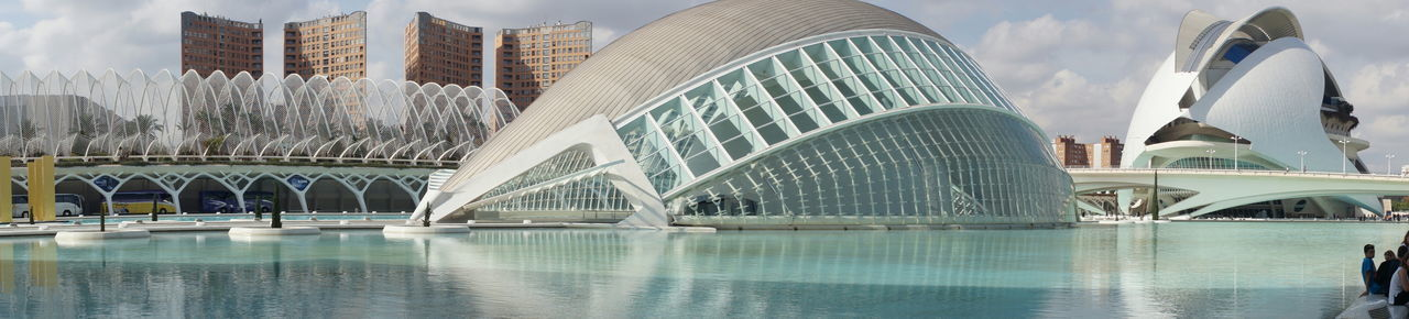 Museo dell'arte e della scienza, Valencia Artes City Life Cityscape Museo Museo Valencia Park Science Science And Art Sky And Clouds Valencia, Spain Water Water Reflections