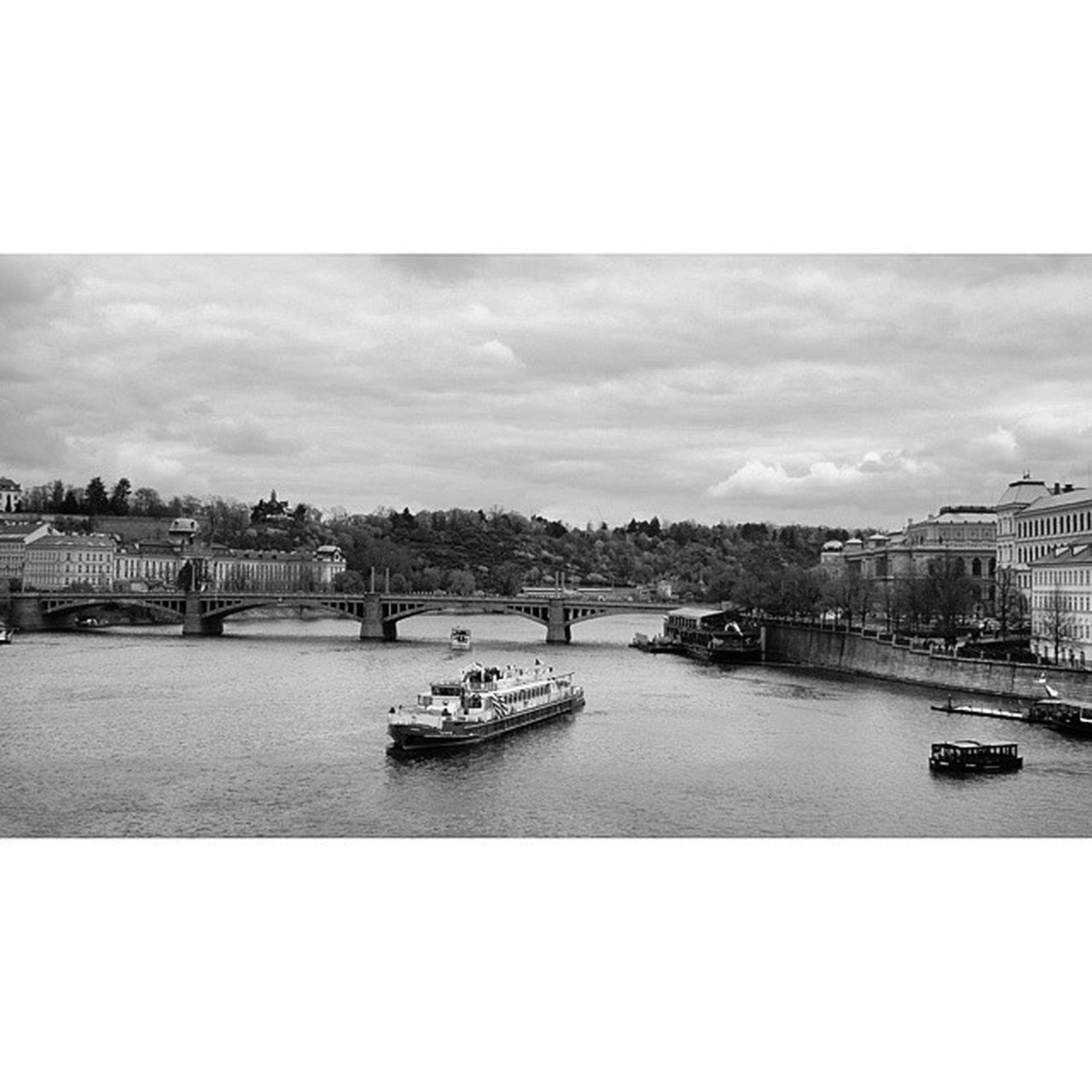 Beautiful Nature . View of VltavaRiver vltava river from the Karlúvmost bridge CharlesBridge . Prague praha czech republic CzechRepublic. Taken by my SonyAlpha dslr a57. طبيعة نهر جسر براغ جمهورية التشيك.