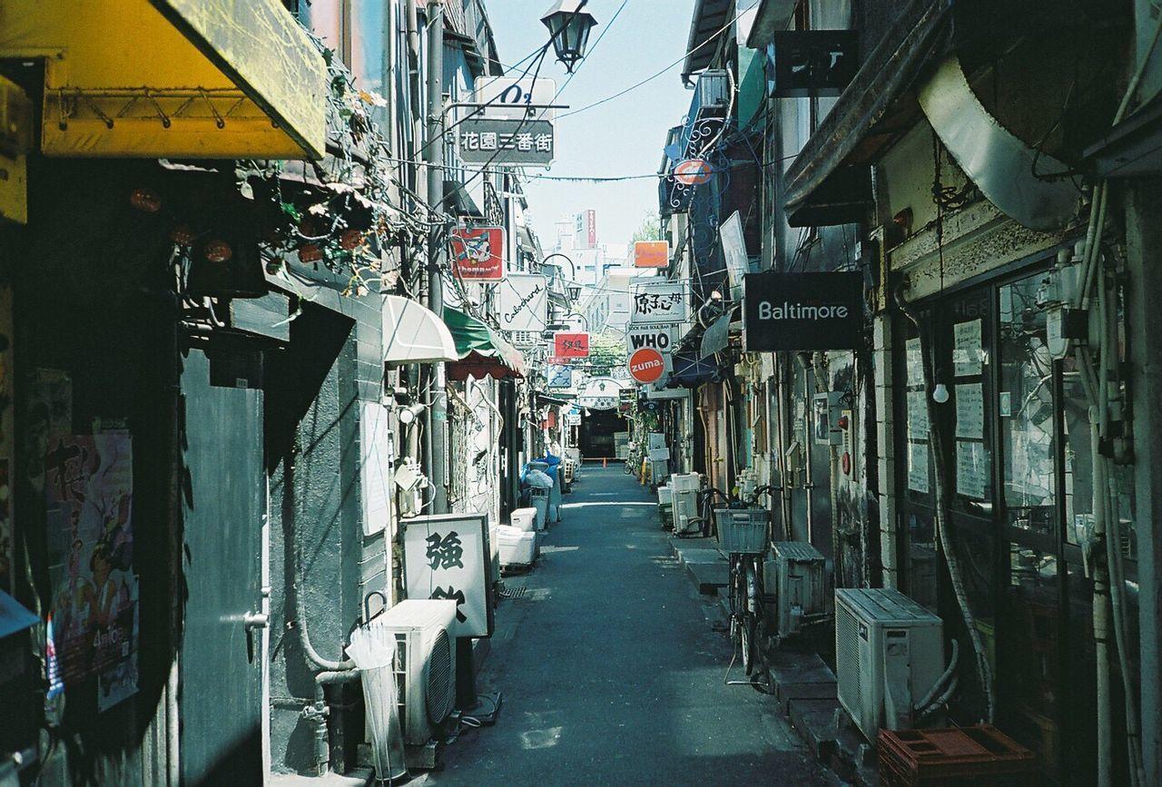 東京 新宿 ゴールデン街 路地 フィルム ふぃるむカメラ Film Filmcamera Film Photography Tokyo Shinjuku Alley Fujifilm Fujifilmpro400 Pro400 No People