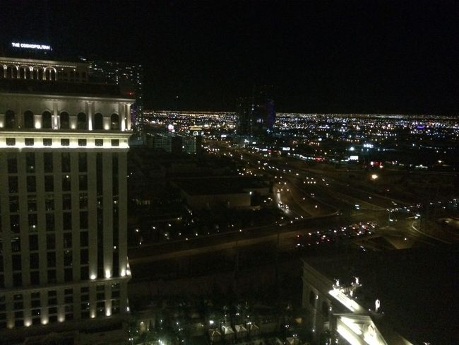 Learn & Shoot: After Dark Balloons Caesarspalace California Fashion Hochhaus Las Vegas Los Angeles, California Night Lights Palm Trees Party Pool Party Rooftopbar Sandiego Summer View First Eyeem Photo