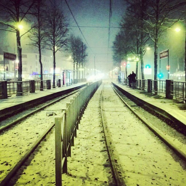 And it's again snowing in Cologne...