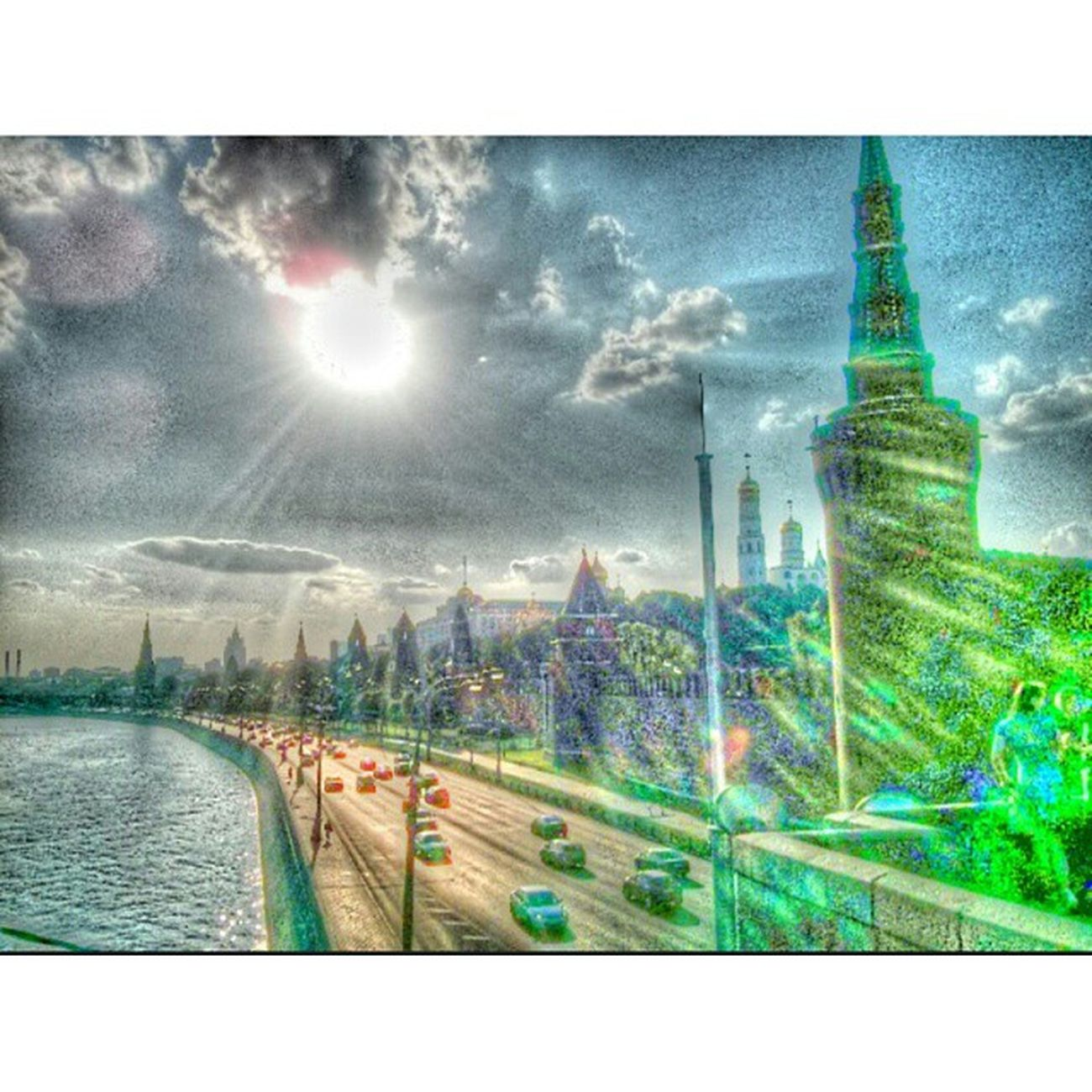 Moscow Summer Russian Funny Hot Москва Россия лето жара нашел Классный фильтр Picsart Instasize Fv5 Fv5camera Nexus4photography Nexus4 Thekremlin Dome