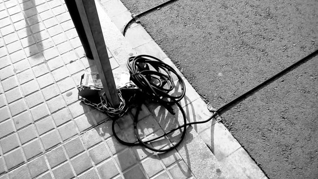 Blackandwhite Monochrome Monochrome_life Open Edit Streetphotography Streetphoto_bw Lines And Shapes Textures And Surfaces