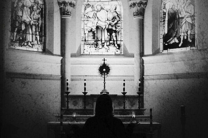 Praying Grudge Gothic Church Churches Blackandwhite Photography EyeEm Best Shots - Black + White Creepywindowsunday