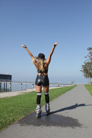 Woman rollerblading Skating ✌ Arms Raised Clear Sky Day Full Length Inline Skate Inline Skating Leisure Activity Lifestyles One Person Outdoors People Real People Rollerblading Rollerskate Rollerskating Skate Skating Sky Standing Sunlight Young Adult Young Women