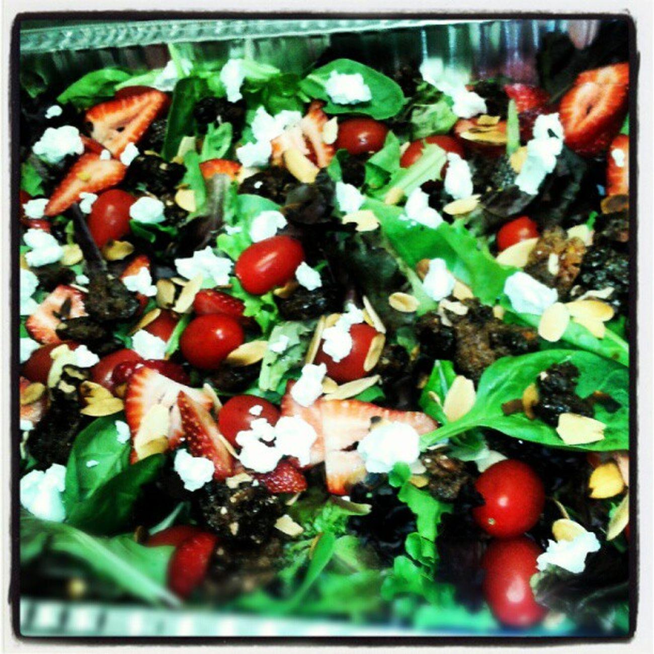 Bushfiregrill Organic Mixedgreens Strawberries cherrytomatoes toastedalmonds candiedwalnuts goatcheese driedcranberries