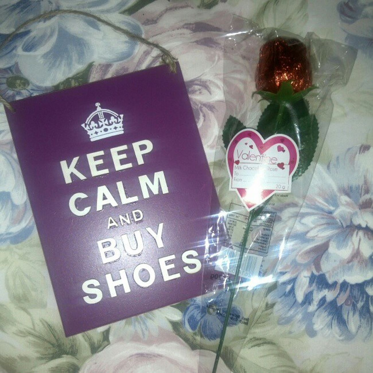 Valentines Pressies From  Mummy and daddy loveit keepcalmandbuyshoes chocolate rose