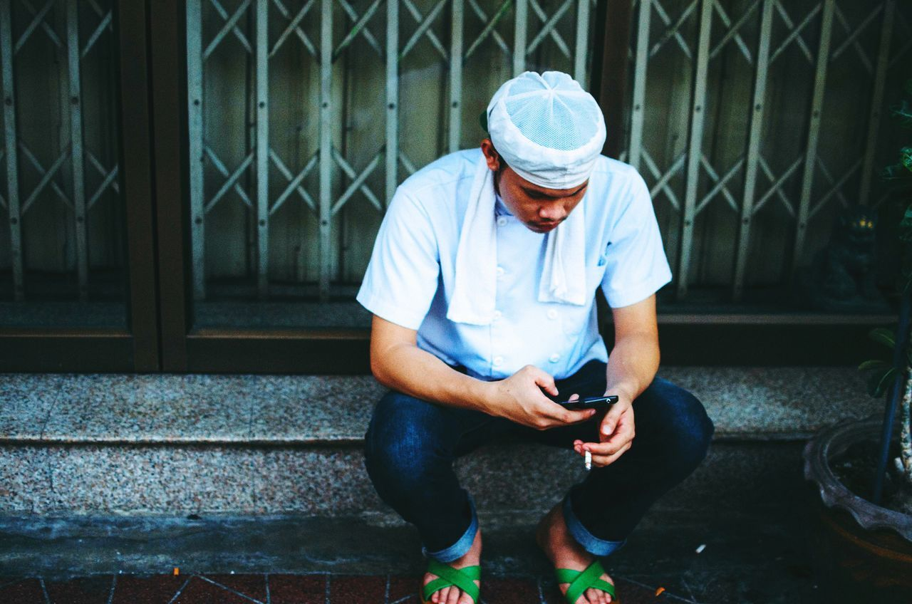 Open Edit Breaktime Bangkok Thailand The Portraitist - 2015 EyeEm Awards The Fashionist - 2015 EyeEm Awards The Photojournalist - 2015 EyeEm Awards Bangkok Streets By ArtCam The Traveler - 2015 EyeEm Awards Buffalo Soldier Spotted In Thailand Mobile Conversations