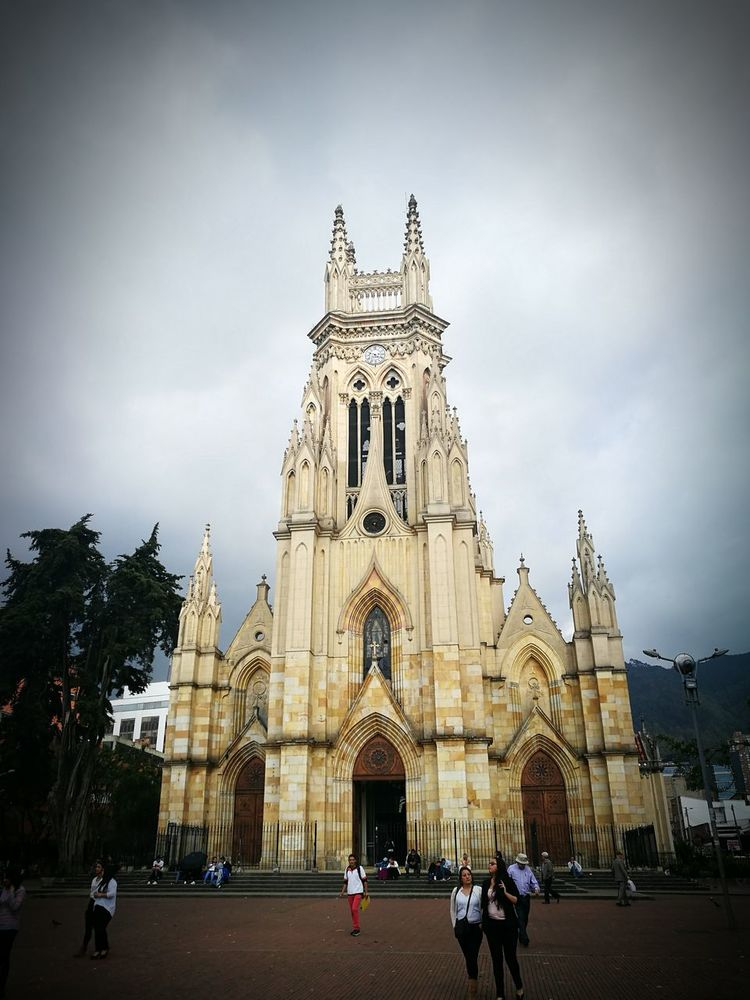 Iglesia De Lourdes Bogotá. The Street Photographer - 2017 EyeEm Awards