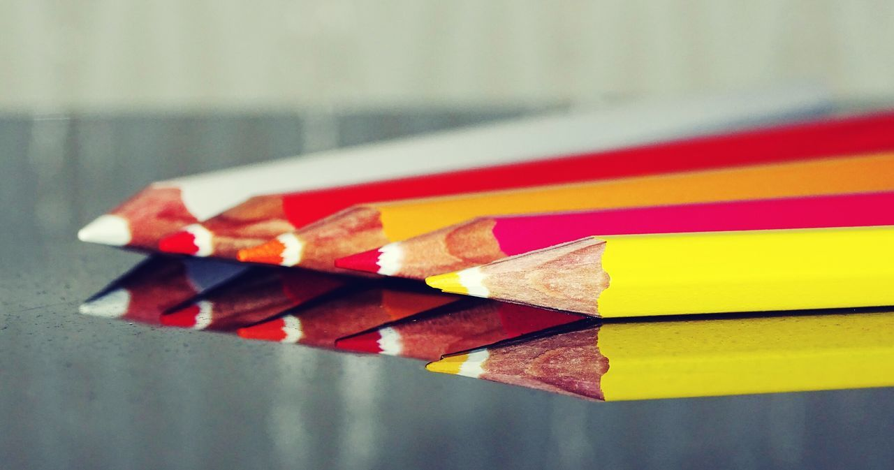 Warm colours Pencil Pencils Colorful Colors Coloring Pencils Reflection Reflection_collection EyeEm Best Shots EyeEm Masterclass Arrangement Close-up Still Life