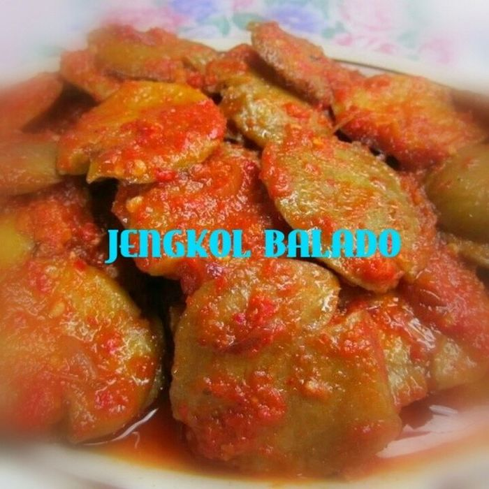 Jengkol Balado Lauk Makansiang lunch pedas hotandspicy spicy food traditional nikmat lezat indonesianfood instafood