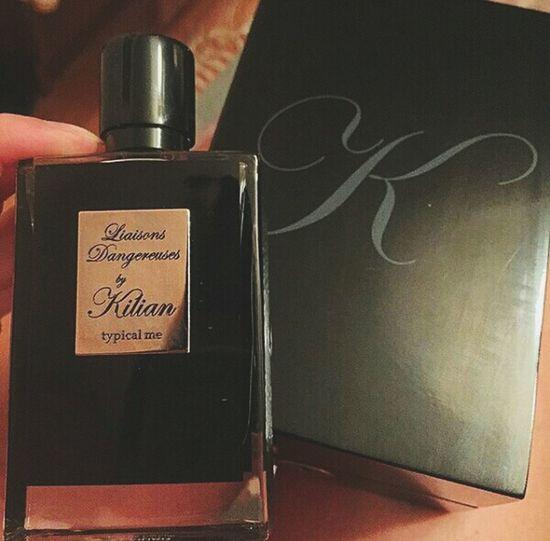 Любимый балует😊😄💋💘👑👗🏩 Beautiful ♥ Love ♥ Moscow, Russia Autumn🍁🍁🍁 Weekend ♥ Love Enjoyment Lifestyles Romance October Luxary Parfum Fragrance Gift Pamper First Eyeem Photo