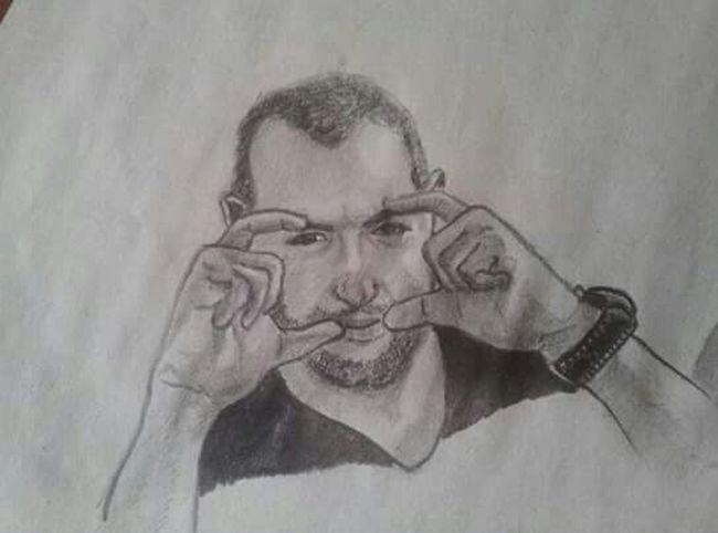 Practicando los apuntes del natural. Boceto Sketching Sketch Dibujo A Lapiz Grafito ArtWork Art, Drawing, Creativity Artistic Artist Dibujo First Eyeem Photo