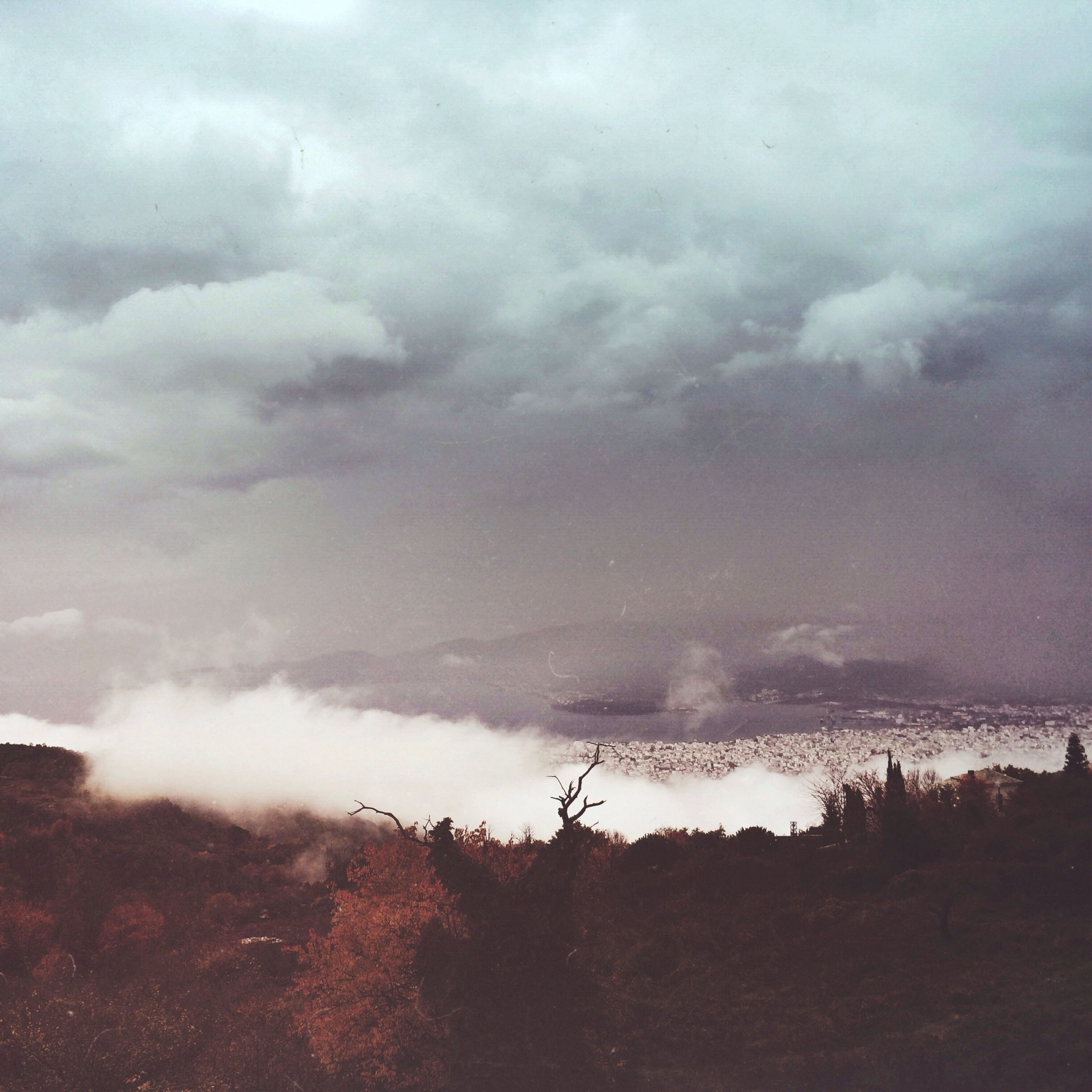 sky, cloud - sky, cloudy, weather, landscape, overcast, scenics, nature, tranquility, tranquil scene, field, beauty in nature, storm cloud, dusk, cloud, outdoors, power in nature, day, idyllic, no people