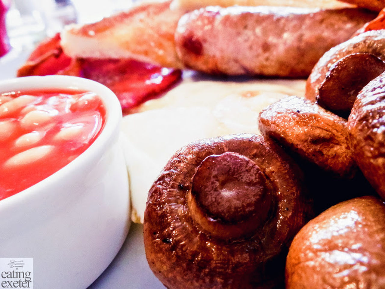 Baked Beans Bread Breakfast, Close-up Day English Breakfast Food Food And Drink Freshness Fried Breakfast Indoors  Indulgence Mushroom_pictures Mushrooms Mushrooms 🍄🍄 No People Plate Ramikins Ready-to-eat Serving Size