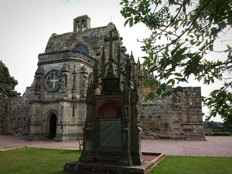 Built Structure Architecture Building Exterior Religion Spirituality Place Of Worship Church Tree History Arch Entrance Clear Sky Outdoors Sky Exterior Branch Lawn Day In Front Of Façade Rosslyn Chappel Scotland Edinburgh Exceptional Photographs Malephotographerofthemonth