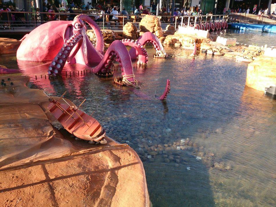Una Atraccion del Centro Comercial Puerto Venecia