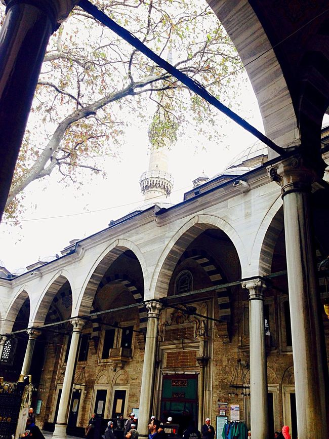 Travel By Puk✈️ Hello World Eye Em Around The World Traveling Mosque Historical Building Architecture Eye4photography  Streetphotography Old Buildings