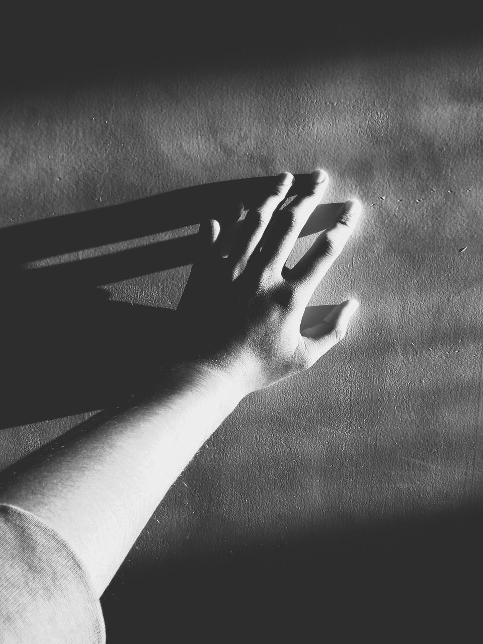 human hand, human body part, one person, real people, indoors, close-up, touching, shadow, day, people