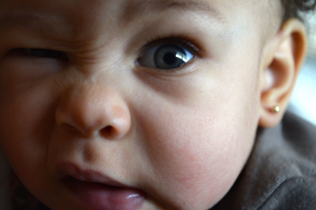 Peek Peek-a-boo Close-up Childhood Innocence Baby Human Face Nikon D3300 Babyhood Closeup Closeupshot Close-up Shot Wink