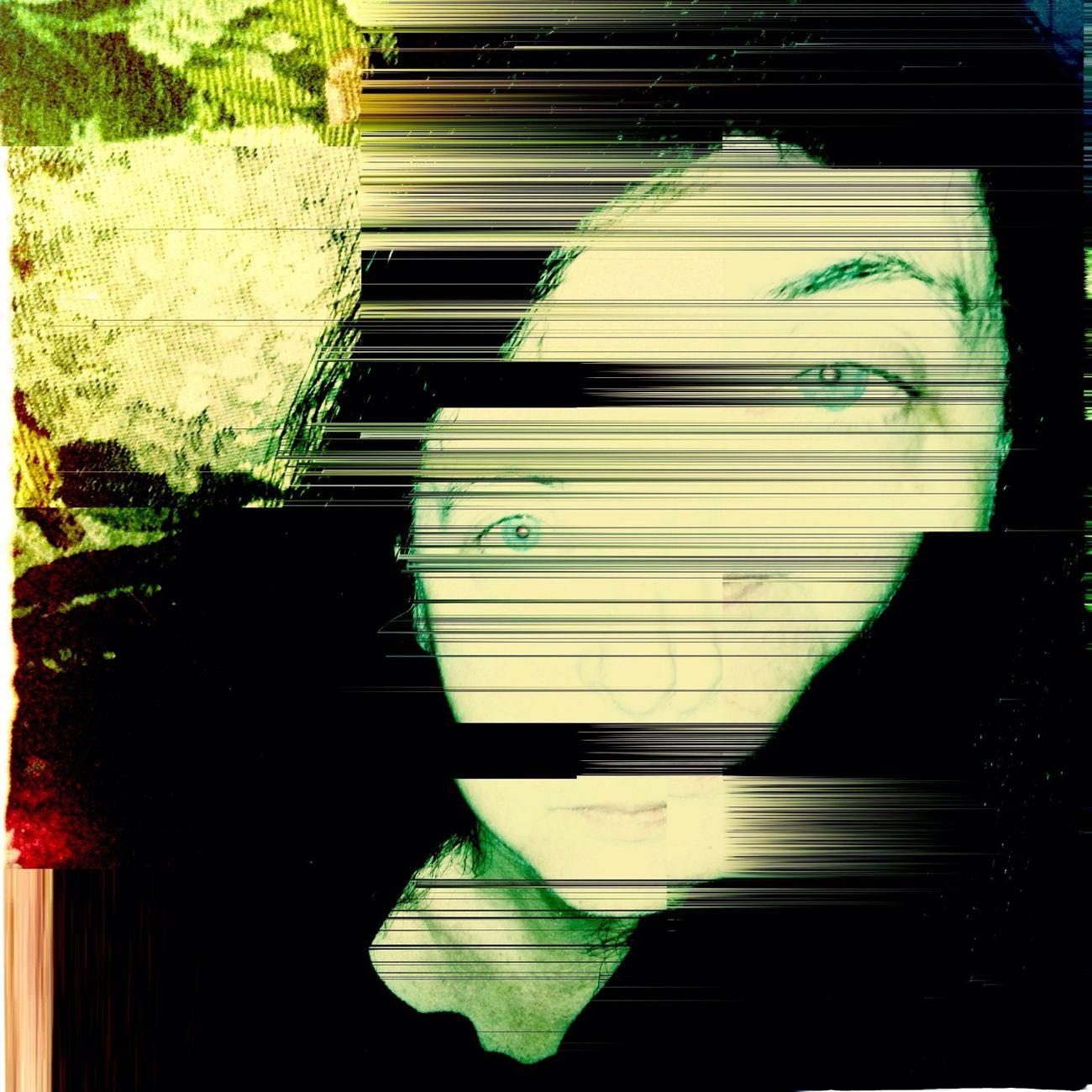 Hipstamatic Selfportrait Abbie-Dixie Beamrider-Fingerblib