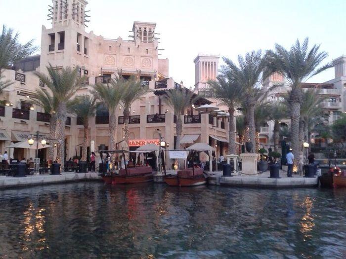 Madinat Jumeirah, Dubai Hanging Out beautiful place Relaxing Taking Photos Having A Great Time