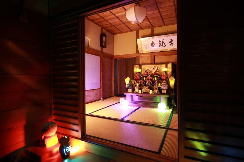 我が家には無縁です😁 雛人形 ひなまつり Night Photography Japanese Culture ひな祭り EyeEm Best Shots EyeEm Gallery ネタ切れの木曜日💦お疲れさま(≧ω≦)
